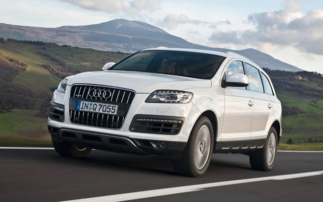 Audi Q7 или Toyota Land Cruiser 200